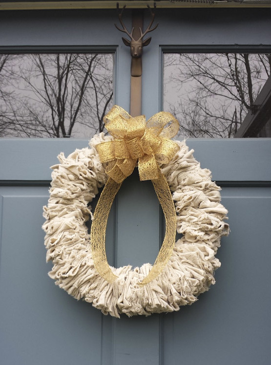 Canvas Holiday Wreath